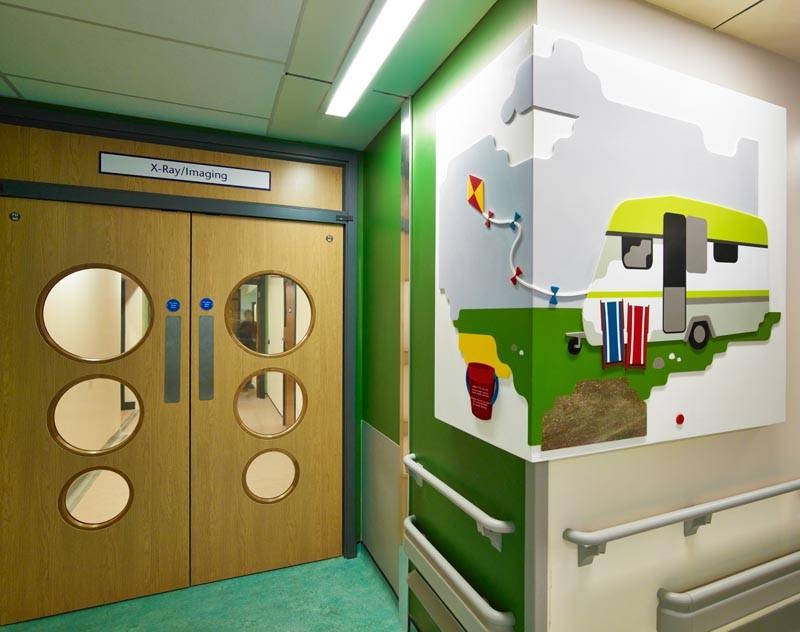 DuPont Corian в отделке больницы