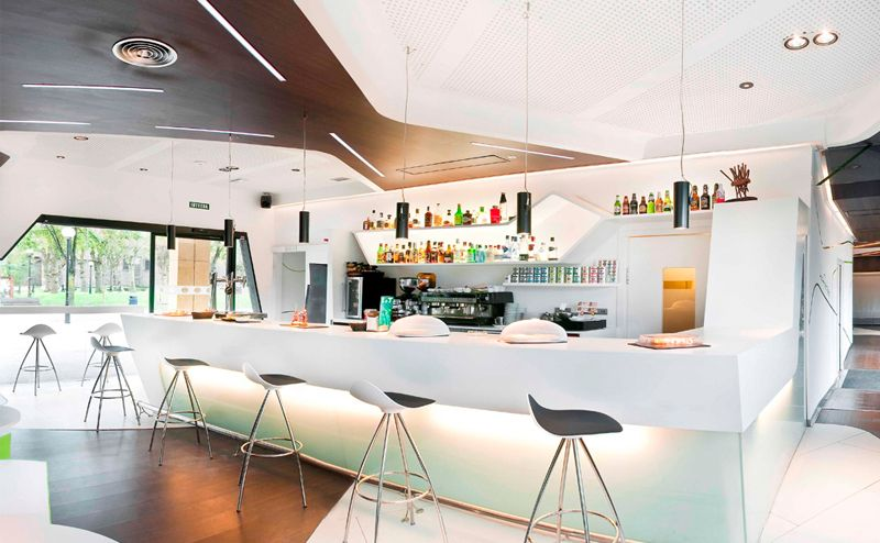 DuPont™ Corian® в Gora Gora coffee bar, Испания
